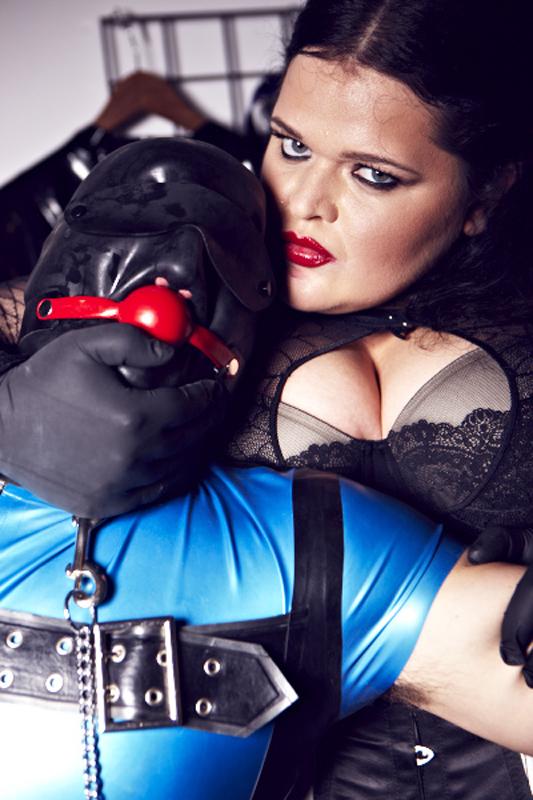 London-Mistress-Miss-Mighty