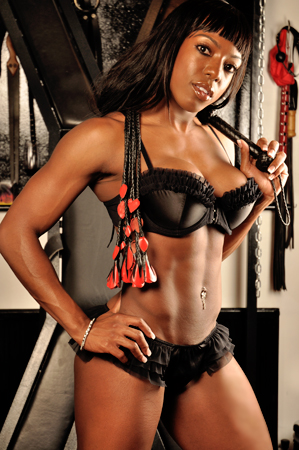 black-ebony-dominatrix-london-uk