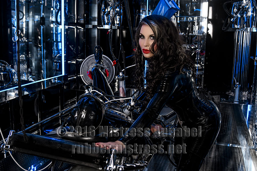 london-medical-mistress-milking