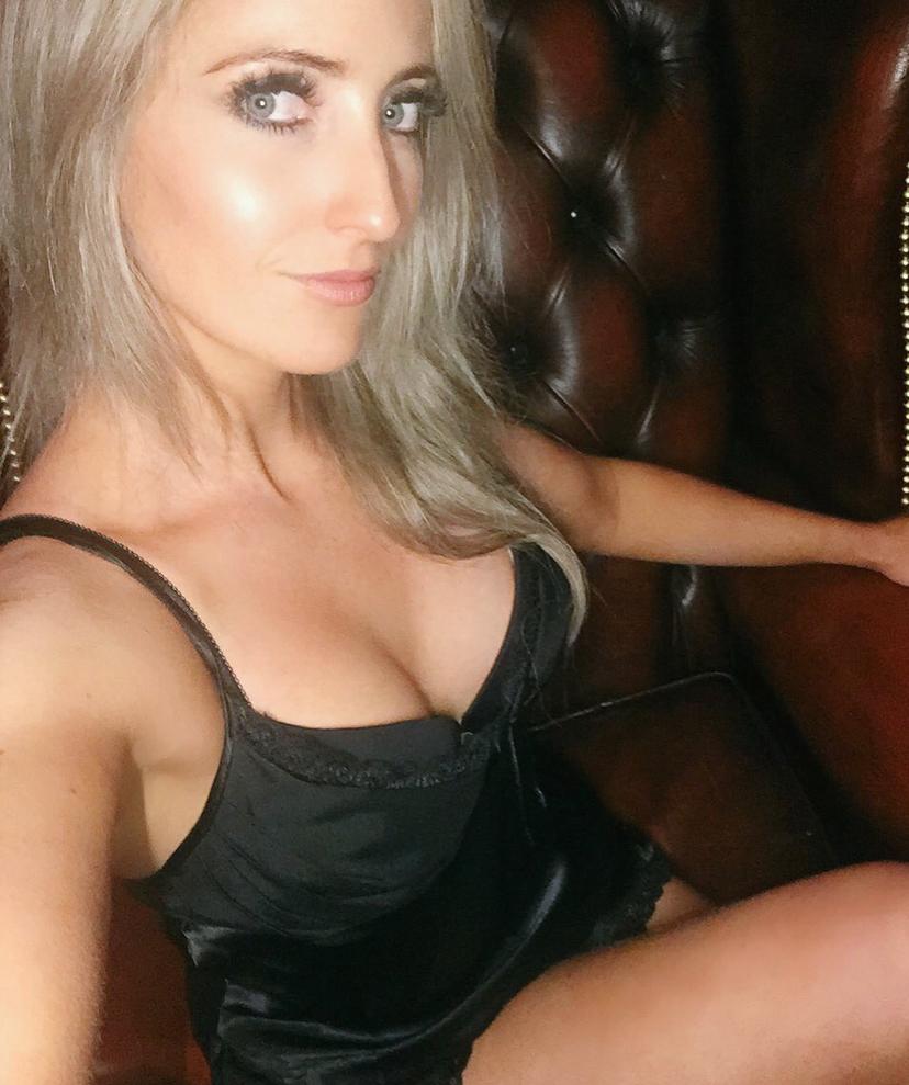 Stockport-Manchester-Mistress-Courtney